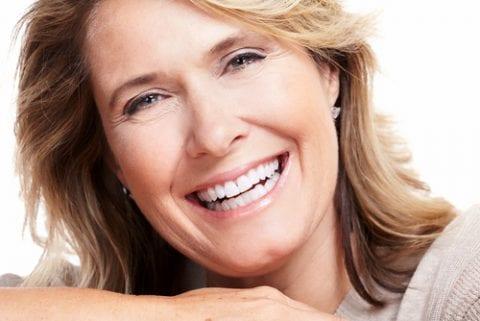 img-blog-Happy senior woman